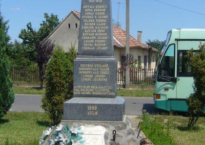 Baté világháborús emlékmű 2007.06.23. küldő-Zsóki