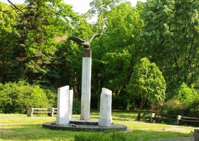 Battonya világháborús emlékmű 2012.06.04. küldő- G.K.