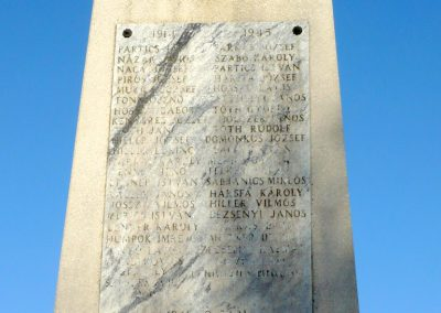 Bazsi világháborús emlékmű 2013.04.14. küldő-Sümec (3)
