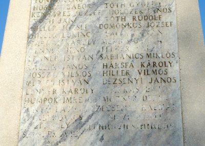 Bazsi világháborús emlékmű 2013.04.14. küldő-Sümec (5)