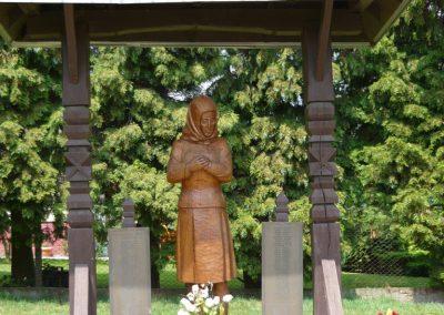 Becsehely II.vh emlékmű 2009.05.23.küldő-Ágca (1)