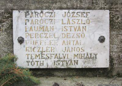 Becske világháborús emlékmű 2012.03.08. küldő-kalyhas (10)