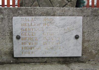 Becske világháborús emlékmű 2012.03.08. küldő-kalyhas (7)