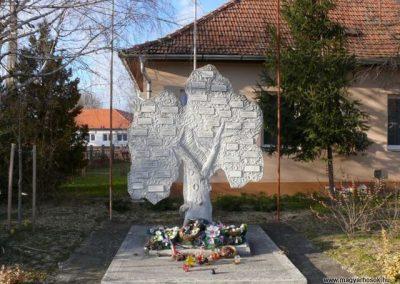 Bedő I.vh emlékmű 2011.03.14. küldő-Katona István