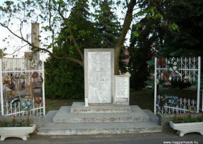 Bekecs II.vh emlékmű 2009.05.08.küldő-Ágca