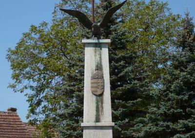 Belezna világháborús emlékmű 2009.05.08.küldő-Sümec (4)