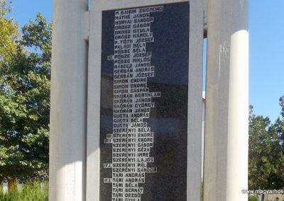 Beregdaróc II. világháborús emlékmű 2016.09.27. küldő-kalyhas (10)
