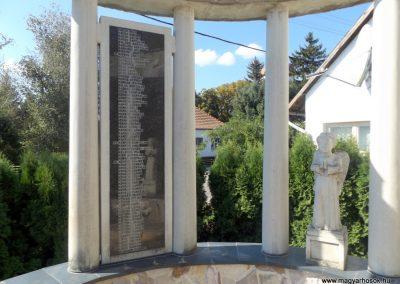 Beregdaróc II. világháborús emlékmű 2016.09.27. küldő-kalyhas (5)