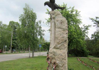 Berekfürdő hősi emlékmű 2013.05.25. küldő-kalyhas (7)