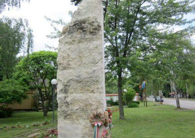Berekfürdő hősi emlékmű 2013.05.25. küldő-kalyhas (9)