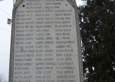 Berettyóújfalu világháborús emlékmű 2008.12.30.küldő-Ágca (3)