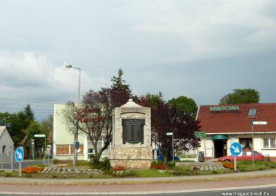 Berhida I.vh emlékmű 2010.05.30. küldő-Ágca