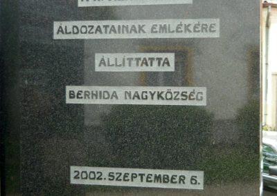 Berhida II.vh emlékmű 2010.05.30. küldő-Sümec (3)