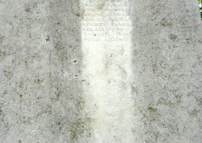 Berhida-Peremarton világháborús emlékmű 2010.05.30. küldő-Sümec (10)
