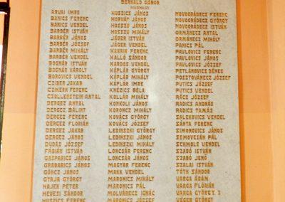 Berzence - katolikus templom - világháborús emléktáblák 2014.06.01. küldő-Huber Csabáné (3)