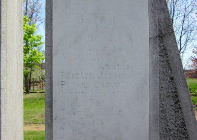 Besenyőd világháborús emlékmű 2012.04.27. küldő-kalyhas (6)