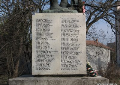 Besenyszög I.vh emlékmű 2008.02.27. küldő-Kályhás (2)