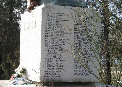 Besenyszög I.vh emlékmű 2008.02.27. küldő-Kályhás (5)