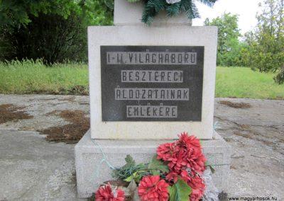 Beszterec világháborús emlékmű 2013.05.23. küldő-kalyhas (2)