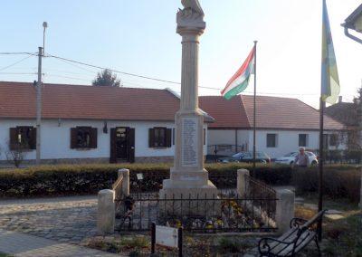 Biatorbágy I. világháborús emlékmű 2019.03.23. küldő-Bóta Sándor (10)