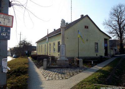 Biatorbágy I. világháborús emlékmű 2019.03.23. küldő-Bóta Sándor (kalyhas)