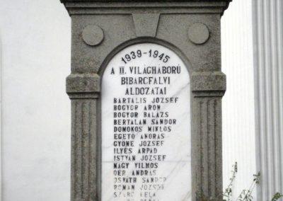 Bibarcfalva világháborús emlékmű 2010.10.08. küldő-Tibisten (3)