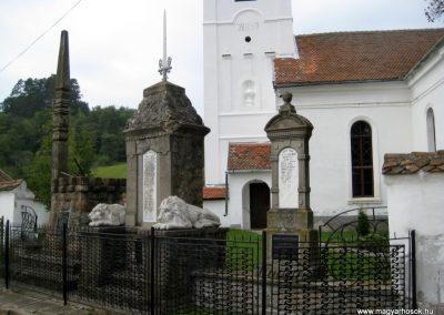 Bibarcfalva világháborús emlékmű 2010.10.08. küldő-Tibisten