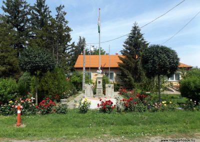 Bihartorda hősi emlékmű 2018.05.26. küldő-Bóta Sándor (6)