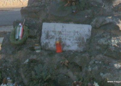 Boba világháborús emlékmű 2011.11.13. küldő-Fáró Jenő (4)