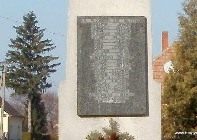 Boba világháborús emlékmű 2011.11.13. küldő-Fáró Jenő (7)