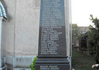 Boda világháborús emlékmű 2012.07.31. küldő-KRySZ (2)