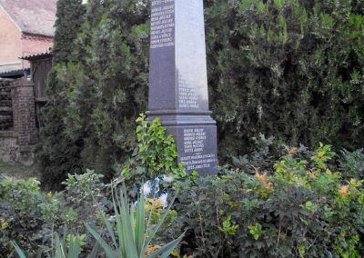 Boda világháborús emlékmű 2012.07.31. küldő-KRySZ (6)