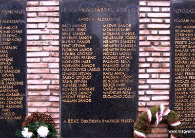 Bodajk vh-s emlékmű 2006.11.19.küldő-Krisztián József (1)
