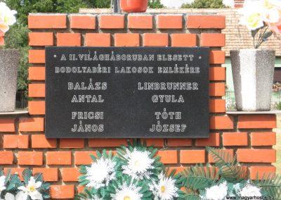 Bodolyabér II.vh emlékmű 2007.08.04.küldő-Kályhás (1)