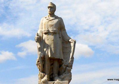 Bodonhely világháborús emlékmű 2012.08.26. küldő-Baloghzoli (2)