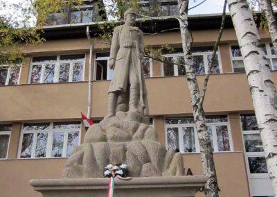 Bogács I. világháborús emlékmű felújítás után 2014.10.09. küldő-kalyhas (2)