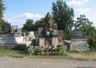 Bogács II.vh emlékmű 2009.07.25 küldő-kalyhas (1)