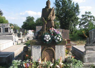 Bogács II.vh emlékmű 2009.07.25 küldő-kalyhas (2)