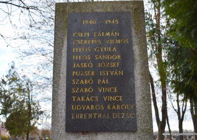 Bogya II. világháborús emlékmű 2016.12.11. küldő-Méri (1)