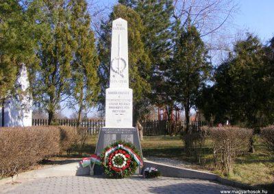Bokod világháborús emlékmű megemlékezés után 2012.03.16. küldő-Méri