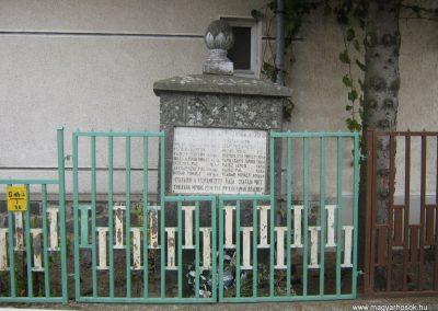 Bokor I.vh emlékmű 2007.10.22. küldő-Mónika39