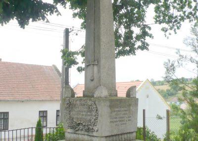 Boldogasszonyfa I.vh emlékmű 2010.08.04. küldő-Sümec (9)