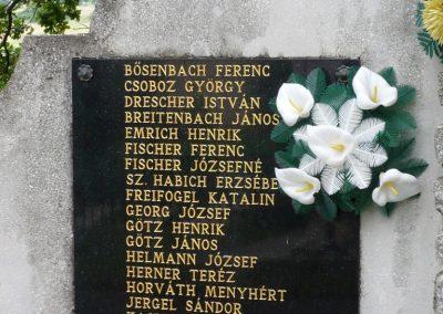 Boldogasszonyfa II.vh emlékmű 2010.08.04. küldő-Sümec (2)