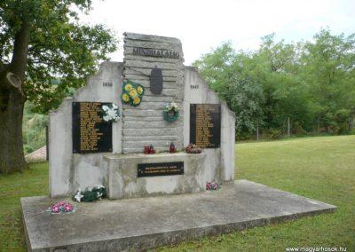Boldogasszonyfa II.vh emlékmű 2010.08.04. küldő-Sümec (7)