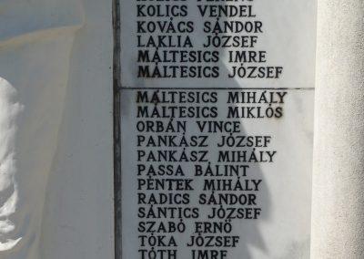 Bolhó világháborús emlékmű 2009.05.08.küldő-Sümec (7)