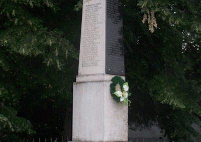 Borjád világháborús emlékmű 2009.06.01.küldő-Horváth Zsolt (2)