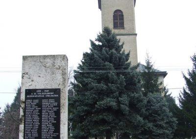 Borota II. világháborús emlékmű 2007.12.09. küldő-Markó Péter