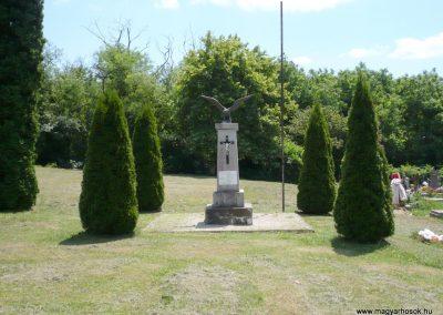 Borsfa világháborús emlékmű 2013.06.27. küldő-Sümec (1)