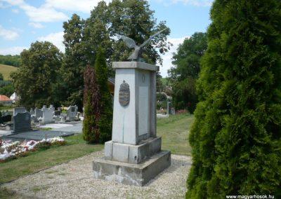 Borsfa világháborús emlékmű 2013.06.27. küldő-Sümec (8)