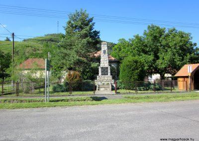 Borsodbóta világháborús emlékmű 2012.06.16. küldő-kalyhas